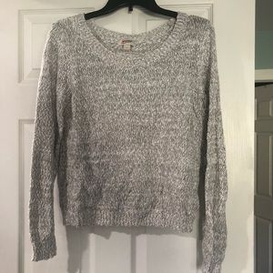 Scoop Neck Gray and White Sweater